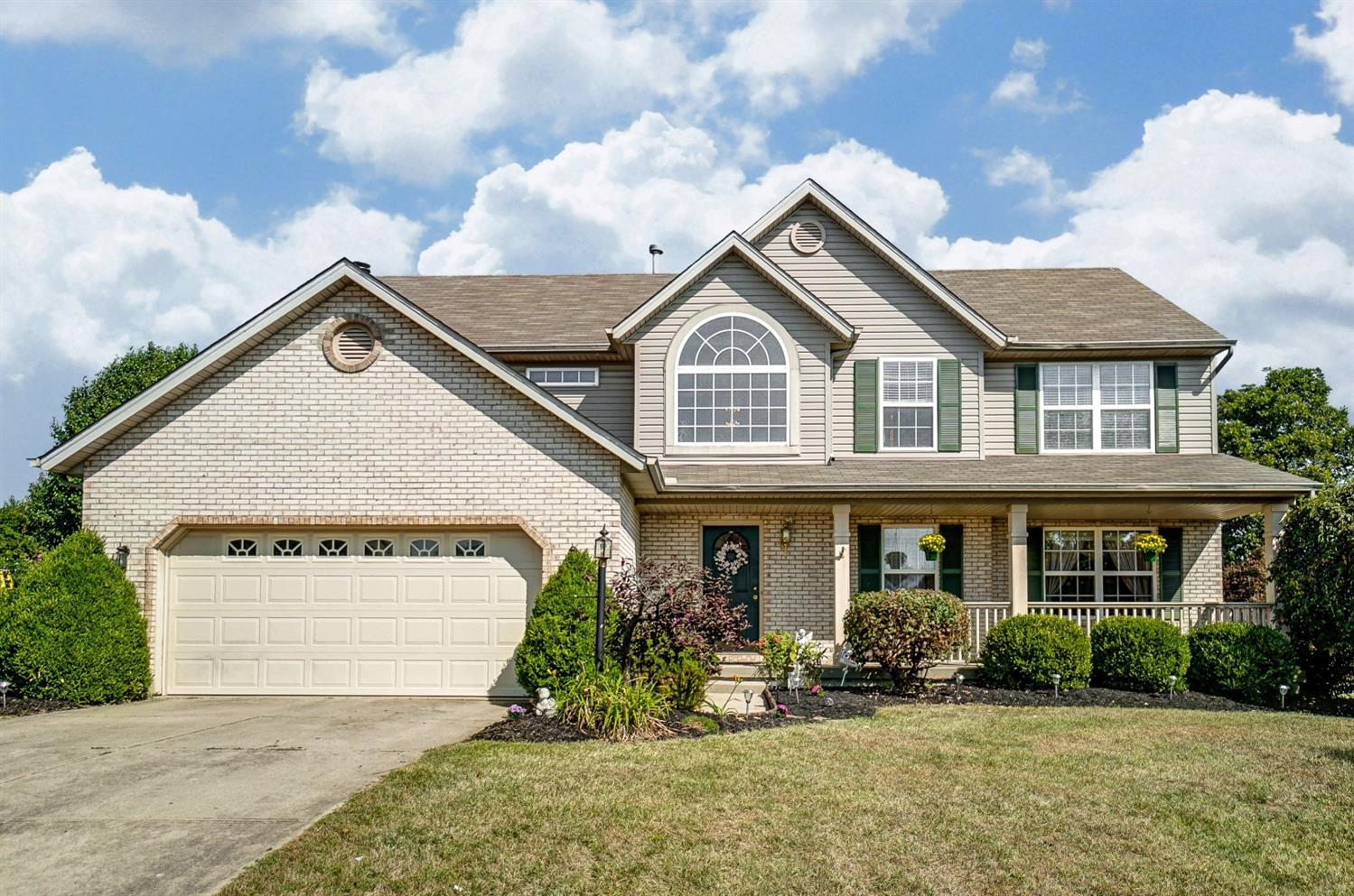 Property for sale at 4864 Brooke Hill Court, Liberty Twp,  Ohio 45011