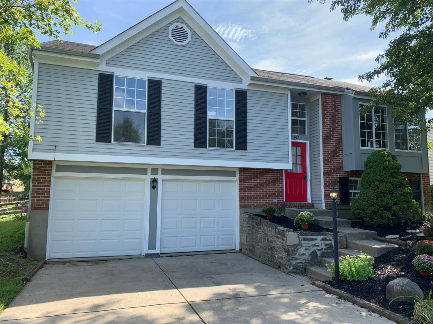 Property for sale at 7985 Fawncreek Drive, Sycamore Twp,  Ohio 45249