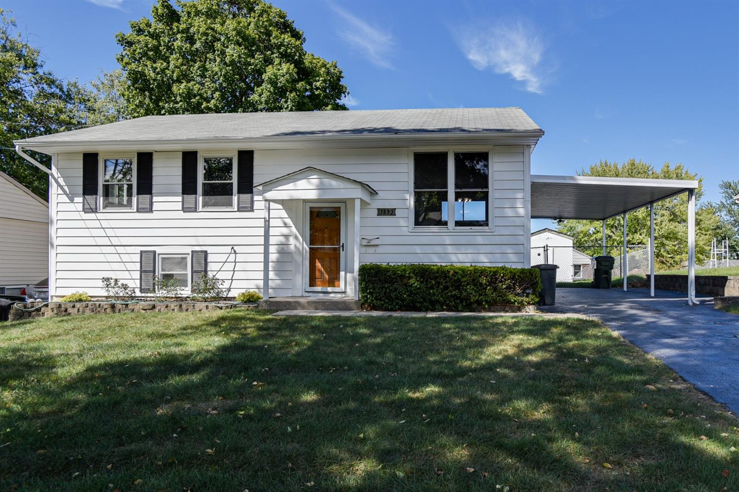 Property for sale at 3832 Elljay Drive, Sharonville,  Ohio 45241