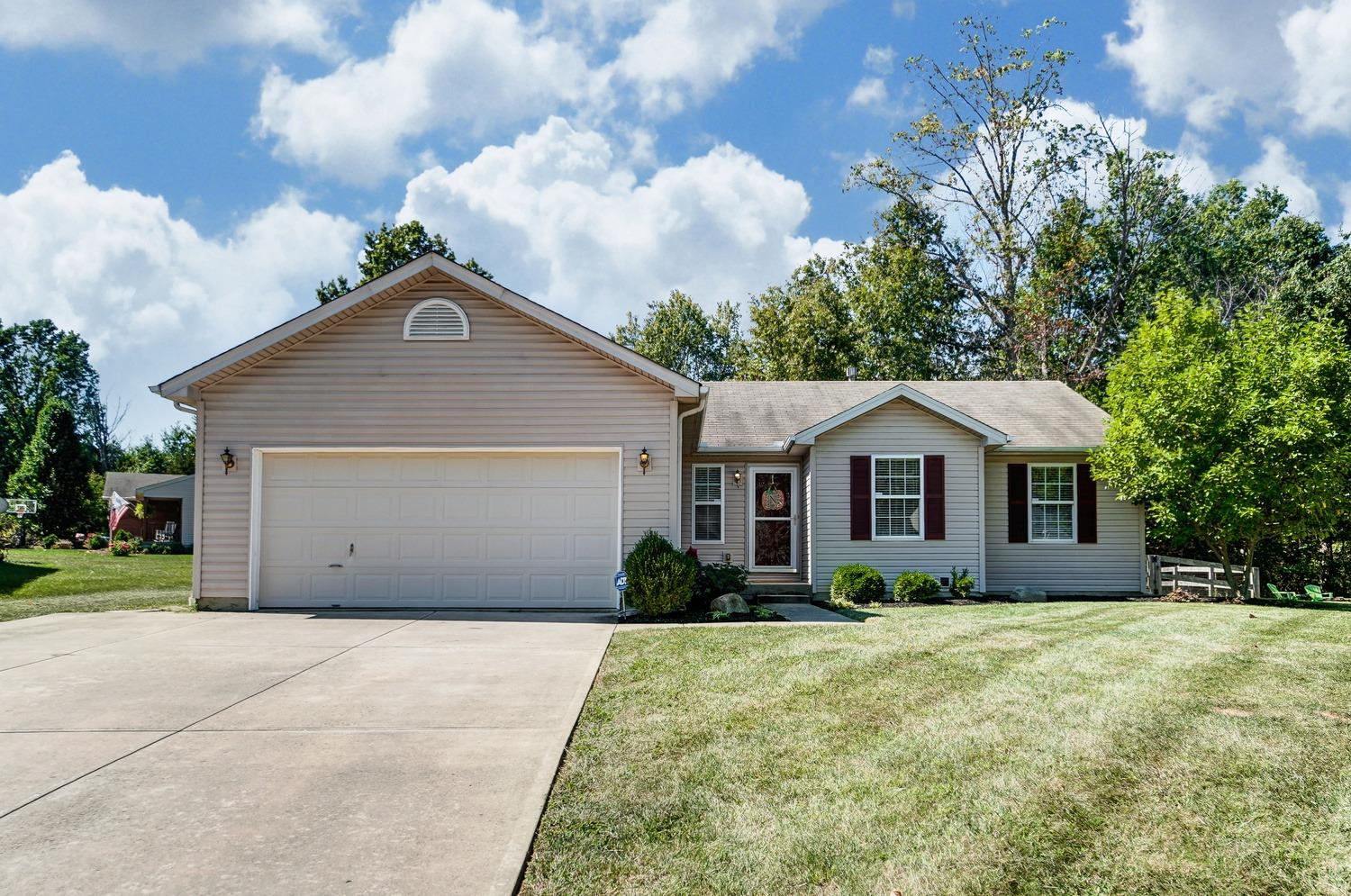 Property for sale at 3353 Whispering Trees Drive, Amelia,  Ohio 45102