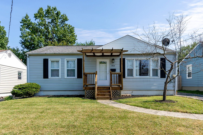Property for sale at 7814 Eustis Court, Deer Park,  Ohio 45236