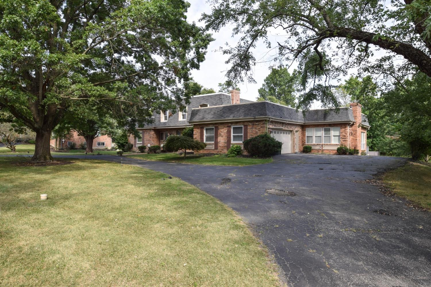 Property for sale at 3260 Fairhaven Lane, Amberley,  Ohio 45237