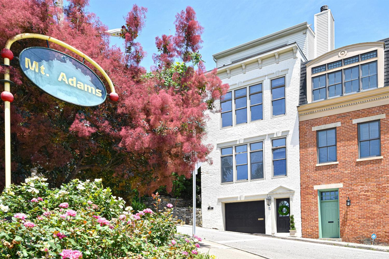Property for sale at 902 Monastery Street, Cincinnati,  Ohio 45202