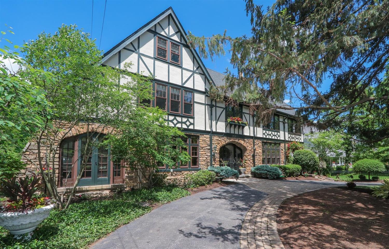 Property for sale at 2432 Observatory Avenue, Cincinnati,  Ohio 45208