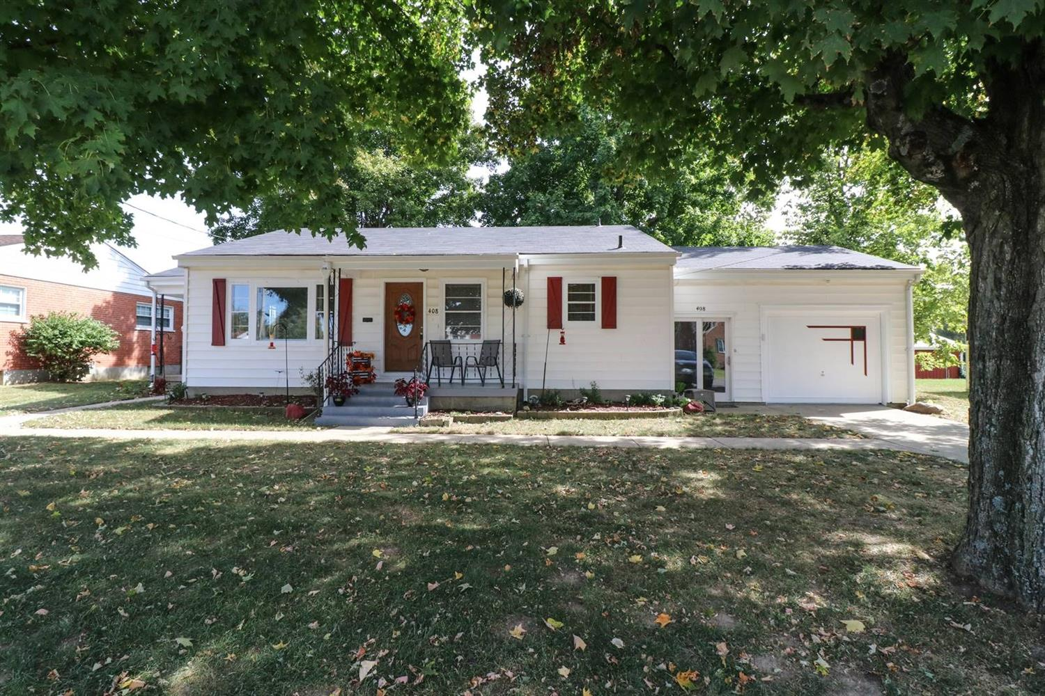 Property for sale at 408 Elaine Drive, Harrison,  Ohio 45030