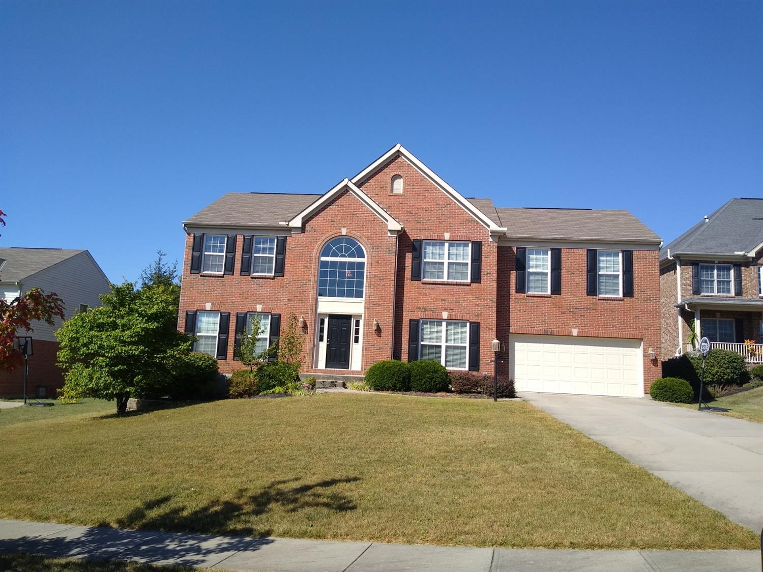 Property for sale at 8223 Pineleigh Court, Deerfield Twp.,  Ohio 45040