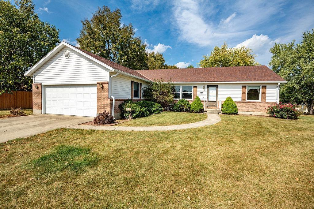 Property for sale at 350 Dell Drive, Trenton,  Ohio 45067