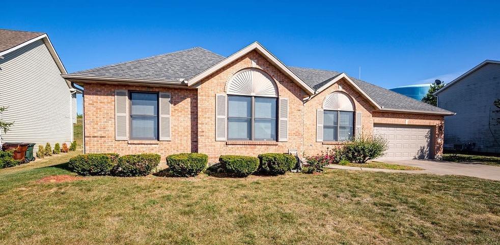 Property for sale at 850 Ginger Ridge Drive, Trenton,  Ohio 45067