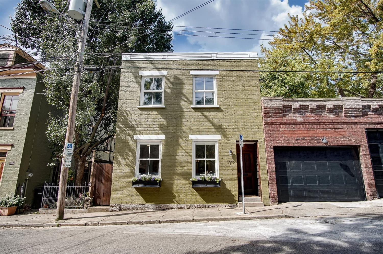 Property for sale at 1319 Spring Street, Cincinnati,  Ohio 45202
