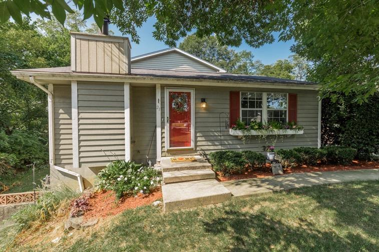 Property for sale at 21 Southhall Place, Fairfield,  Ohio 45014