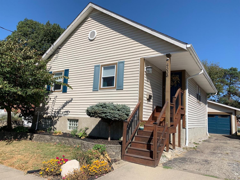 Property for sale at 4338 Hegner Avenue, Deer Park,  Ohio 45236