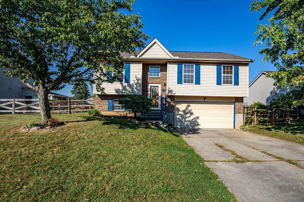 Property for sale at 609 Meadow Brook Place, Trenton,  Ohio 45067