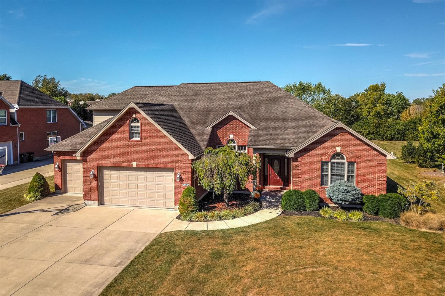 Property for sale at 5565 Longhunter Chase Drive, Liberty Twp,  Ohio 45044