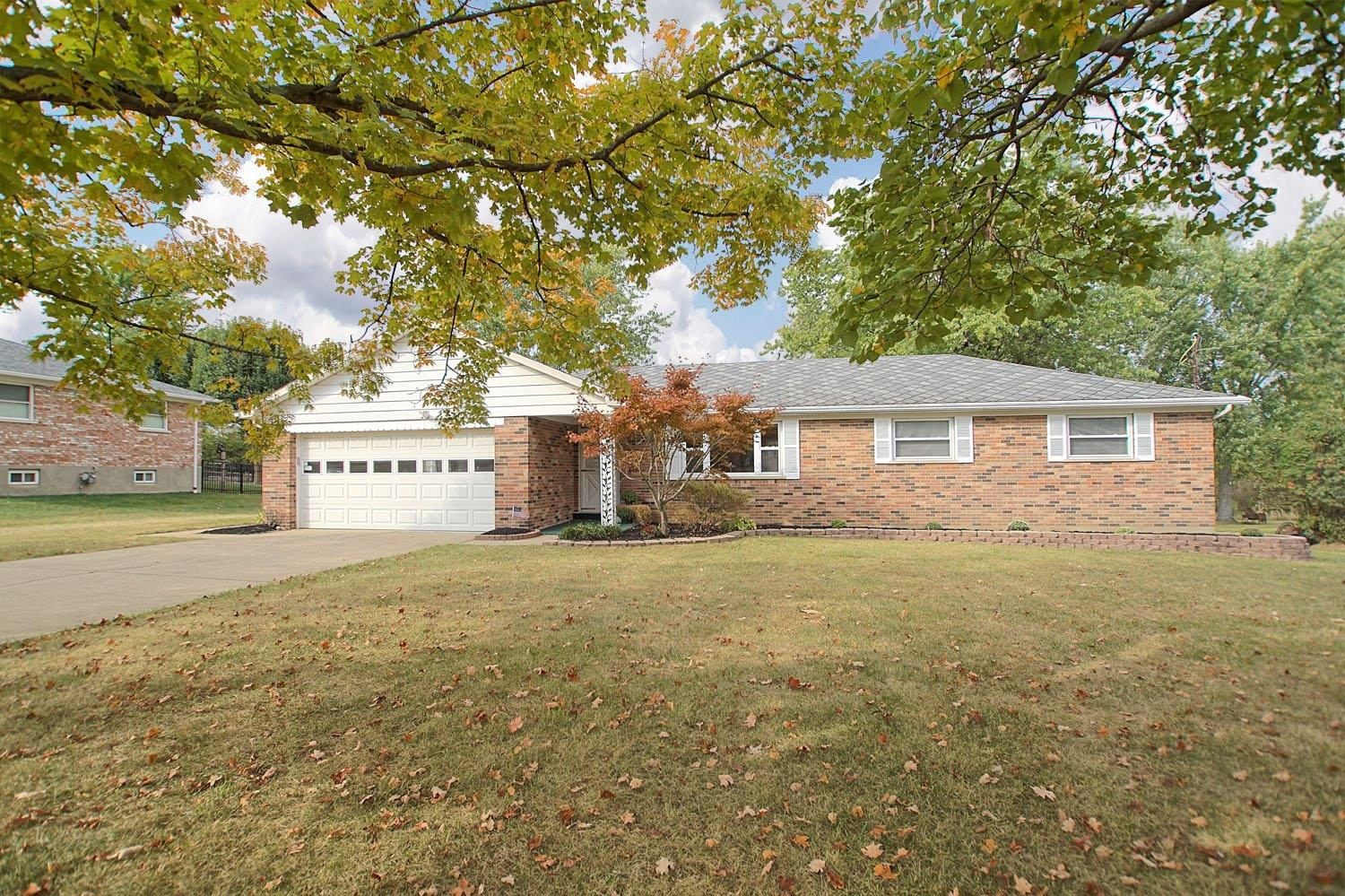 Property for sale at 9039 Saxton Drive, West Chester,  Ohio 45069