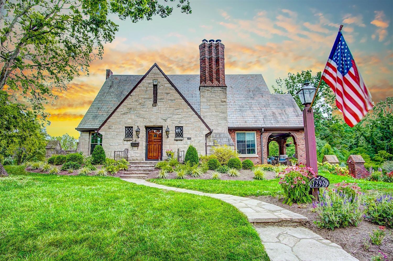Property for sale at 1296 Crestwood Avenue, Cincinnati,  Ohio 45208