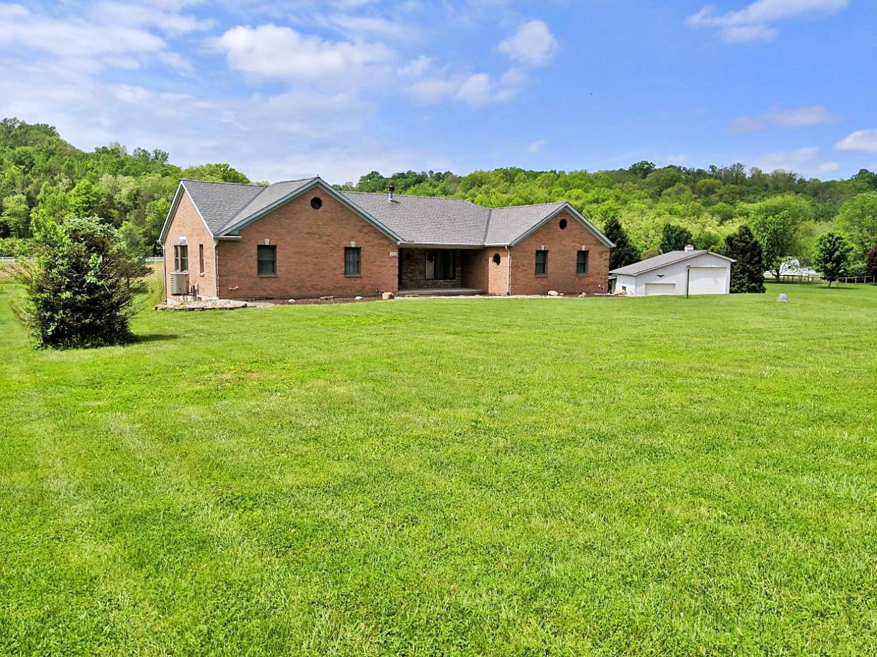 Property for sale at 3955 St Rt 222, Batavia Twp,  Ohio 45103