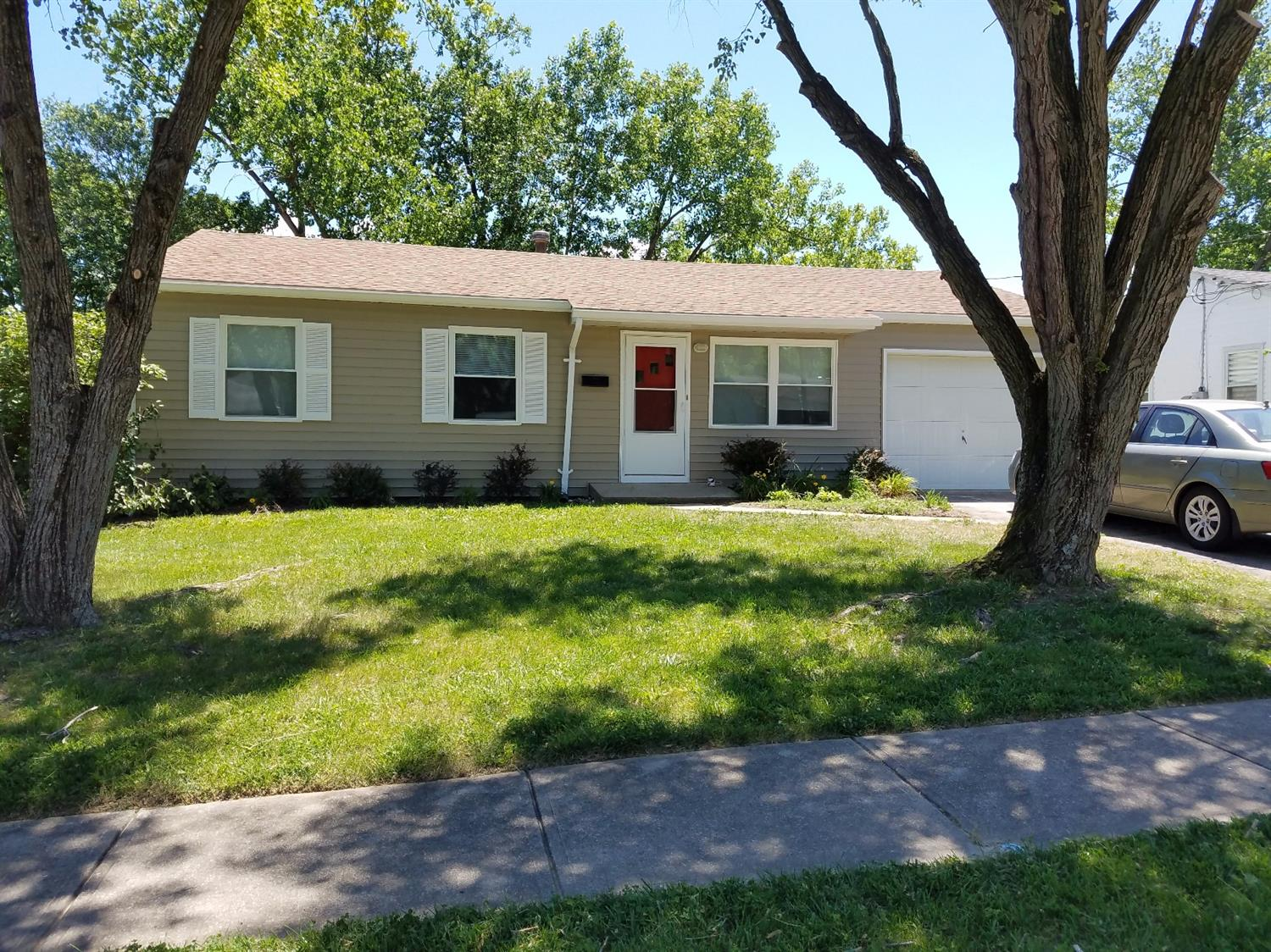 Property for sale at 10804 Lupine Drive, Sharonville,  Ohio 45241