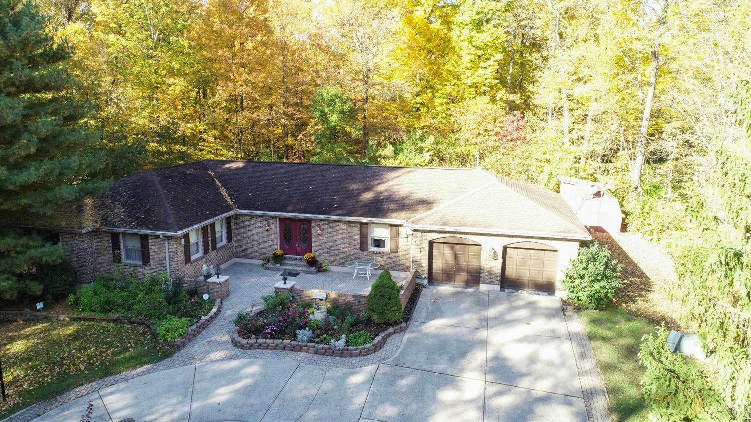 Property for sale at 2047 Greenpine Drive, Springfield Twp.,  Ohio 45231