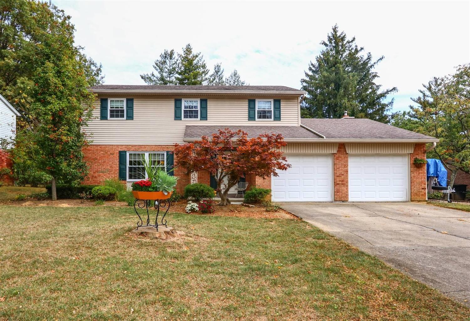 Property for sale at 9886 Dargate Court, Springfield Twp.,  Ohio 45231
