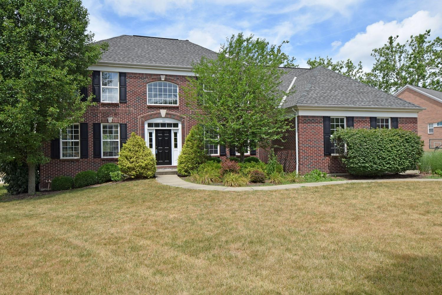 Property for sale at 2626 Stonehaven Drive, Pierce Twp,  Ohio 45245