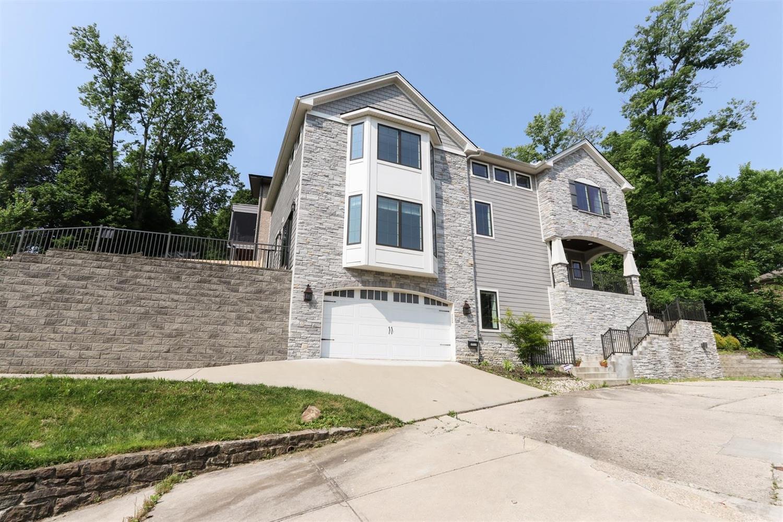 Property for sale at 3513 Linwood Avenue, Cincinnati,  Ohio 45226