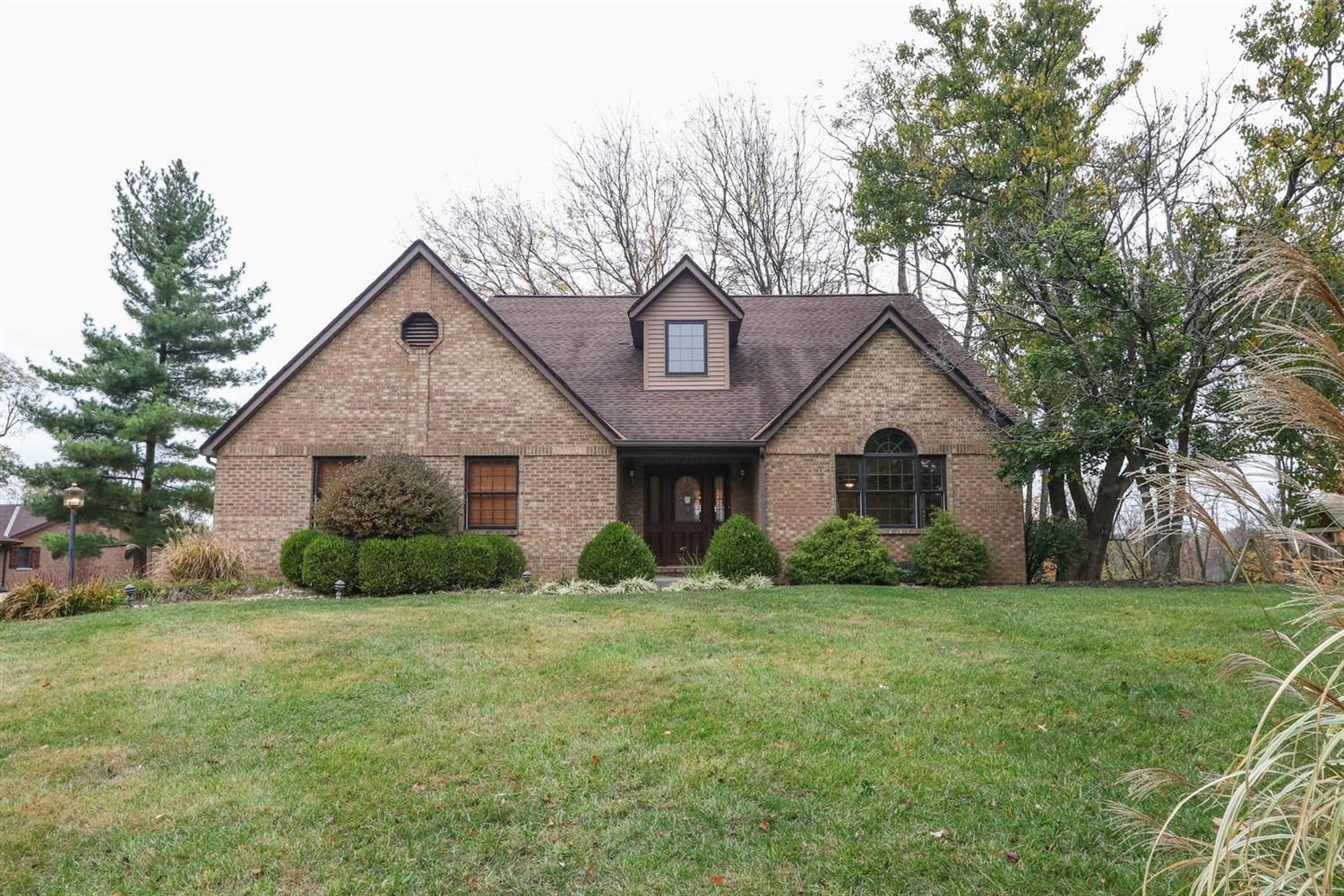 Property for sale at 4280 Marcrest Drive, Green Twp,  Ohio 45211