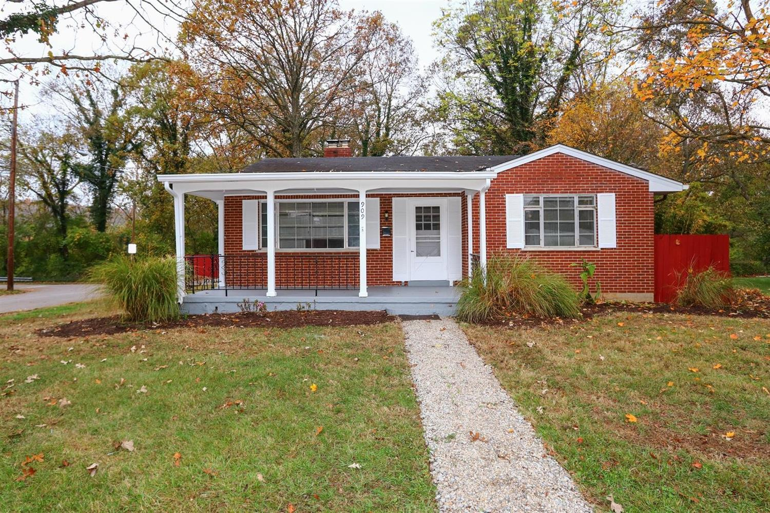Property for sale at 909 Riverside Drive, Milford,  Ohio 45150