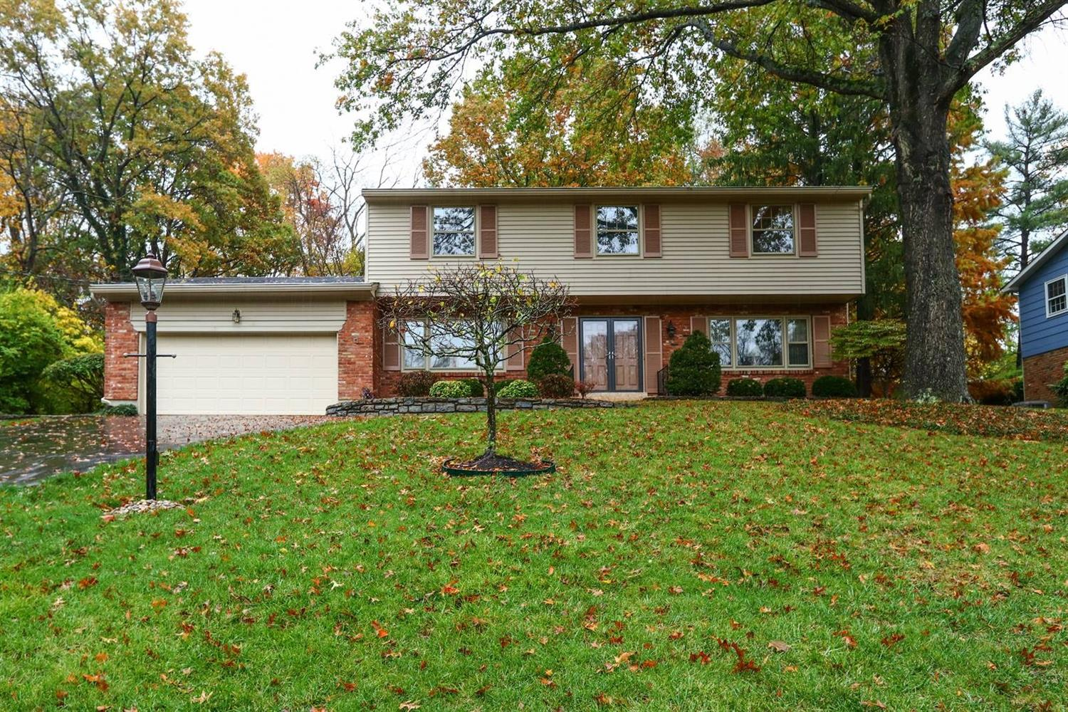 Property for sale at 8760 Hollyhock Drive, Springfield Twp.,  Ohio 45231