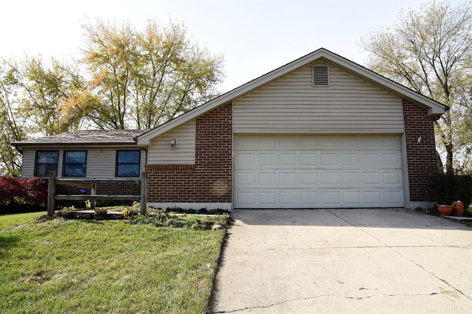 Property for sale at 95 Sesame Street, Springboro,  Ohio 45066