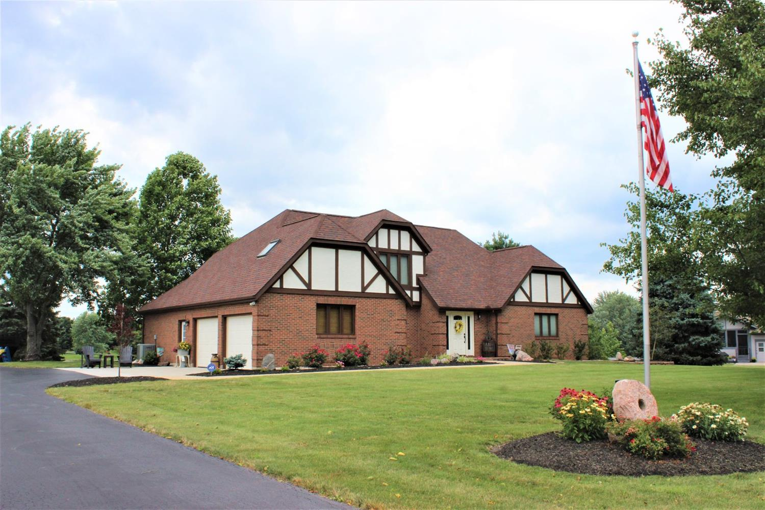 Property for sale at 931 Fawn Lake Drive, Union Twp,  Ohio 45177
