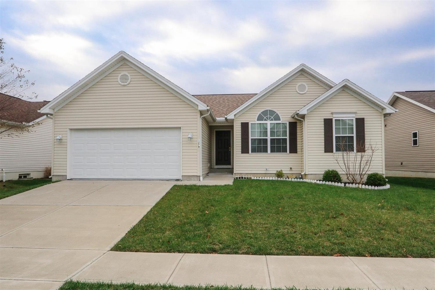 Property for sale at 1279 Stableview Circle, Maineville,  Ohio 45039