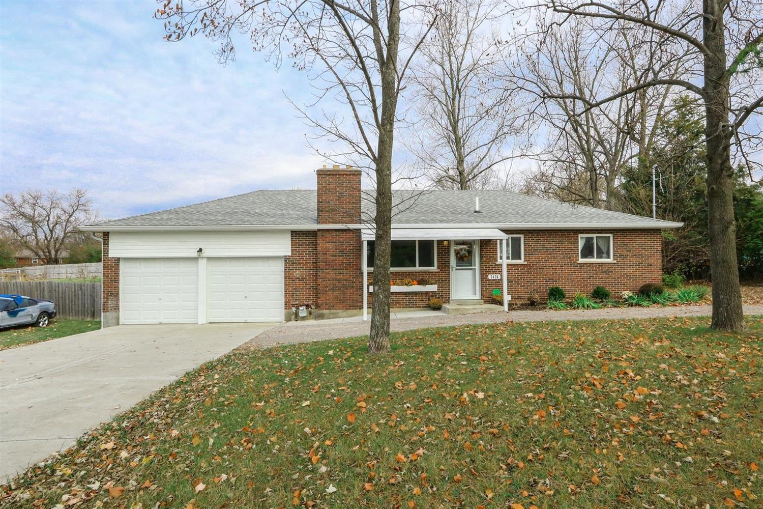 Property for sale at 7476 West Chester Road, West Chester,  Ohio 45069