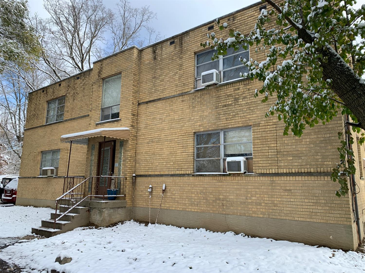 Property for sale at 2084 W Galbraith Road, North College Hill,  Ohio 45239
