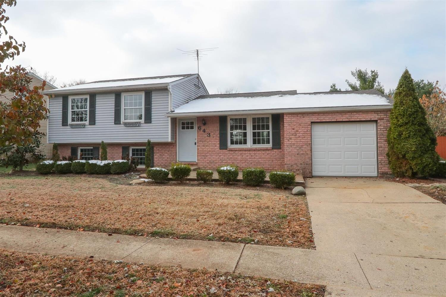 Property for sale at 643 Deerfield Drive, Harrison,  Ohio 45030