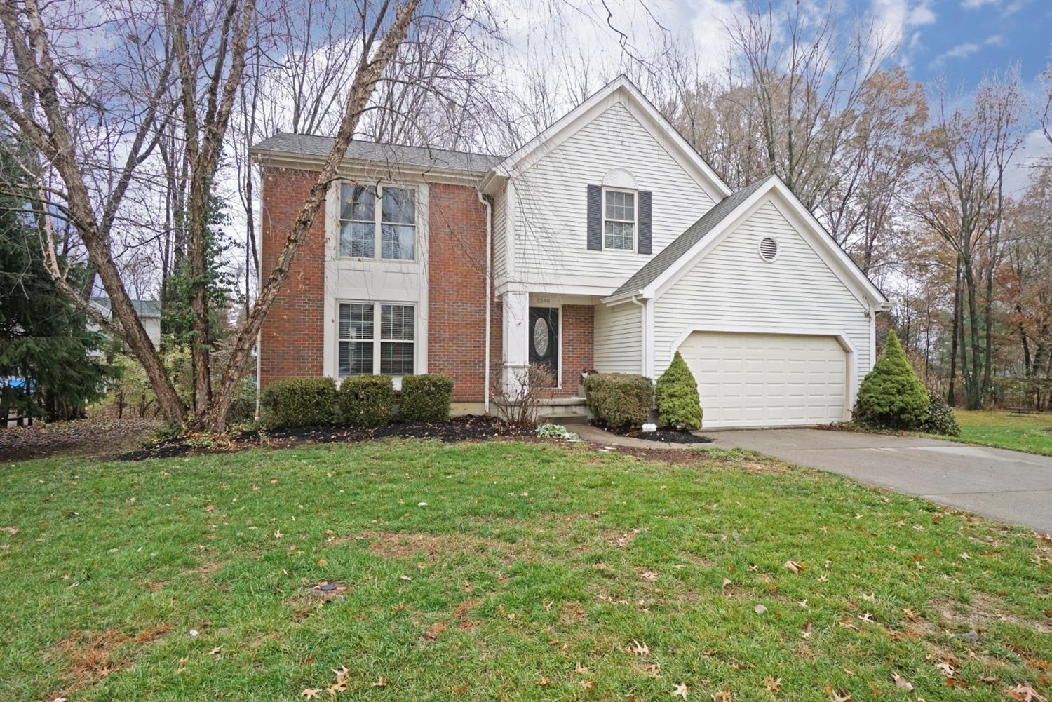 Property for sale at 1348 Sprucewood Court, Batavia Twp,  Ohio 45102