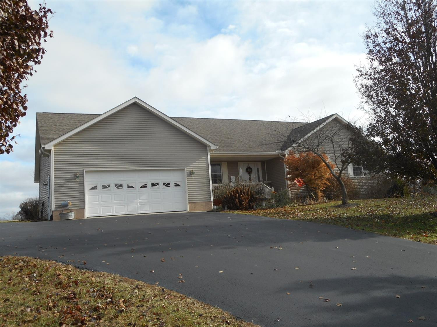 Property for sale at 198 Romans Road, Clark Twp,  Ohio 45159