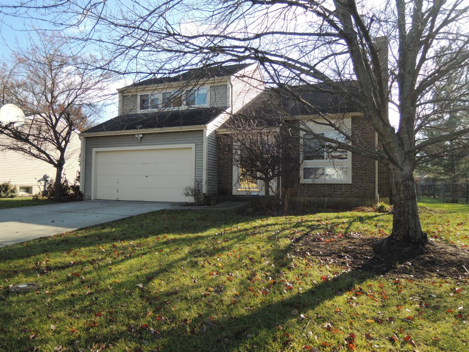 Property for sale at 12016 Stillwind Drive, Sycamore Twp,  Ohio 45249