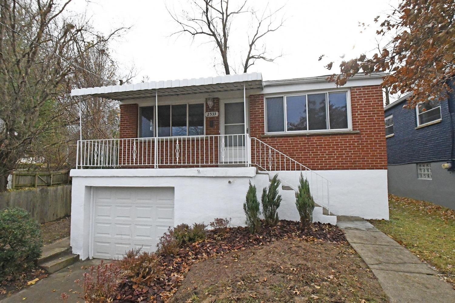 Property for sale at 2533 Ardmore Avenue, Golf Manor,  Ohio 45237