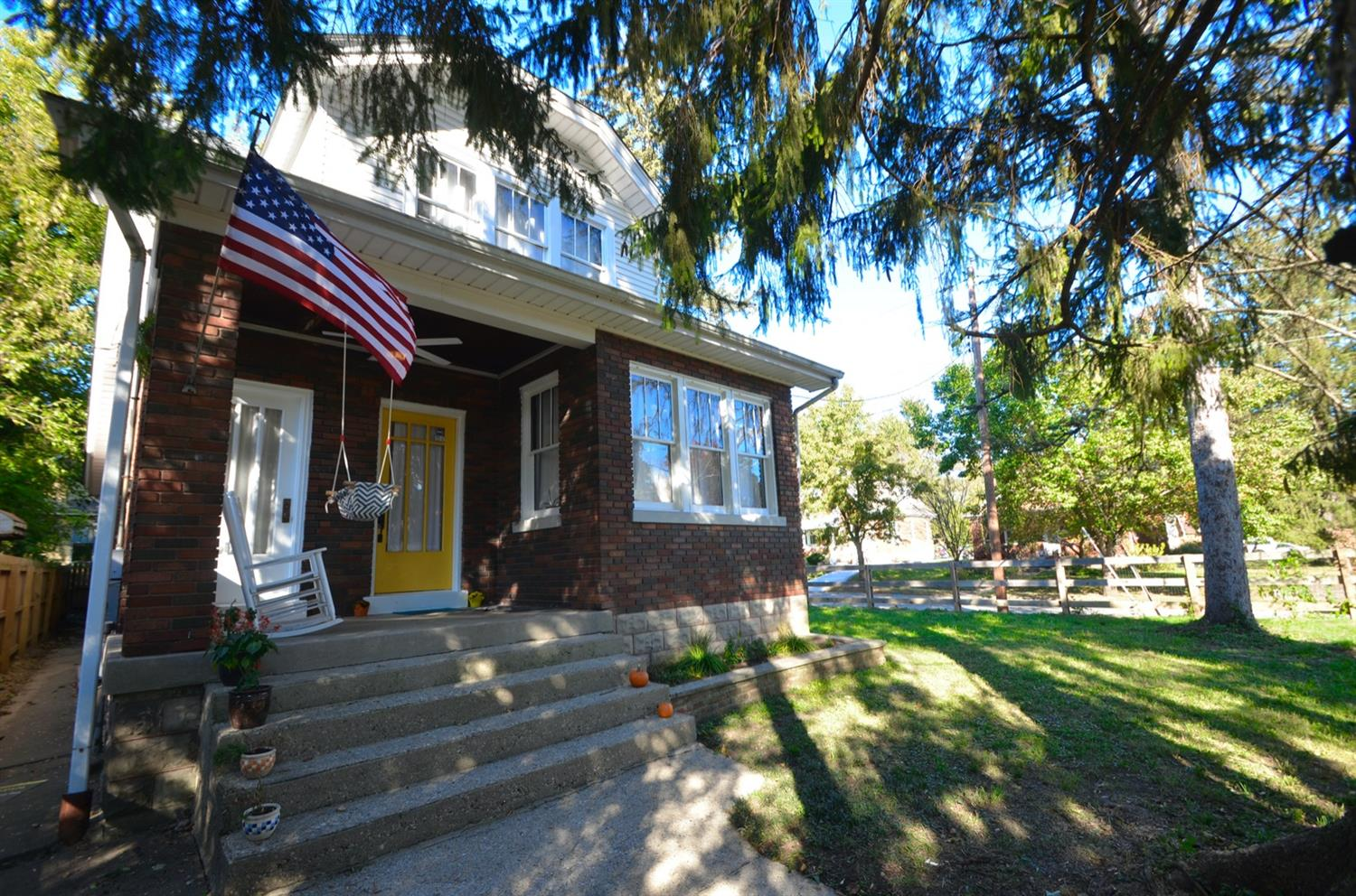This charming Craftsman Bungalow is move in ready.  Located in a quiet neighborhood in Northside, it is a short half mile walk to Sidewinder Coffee Shop and other Hamilton Avenue hotspots.