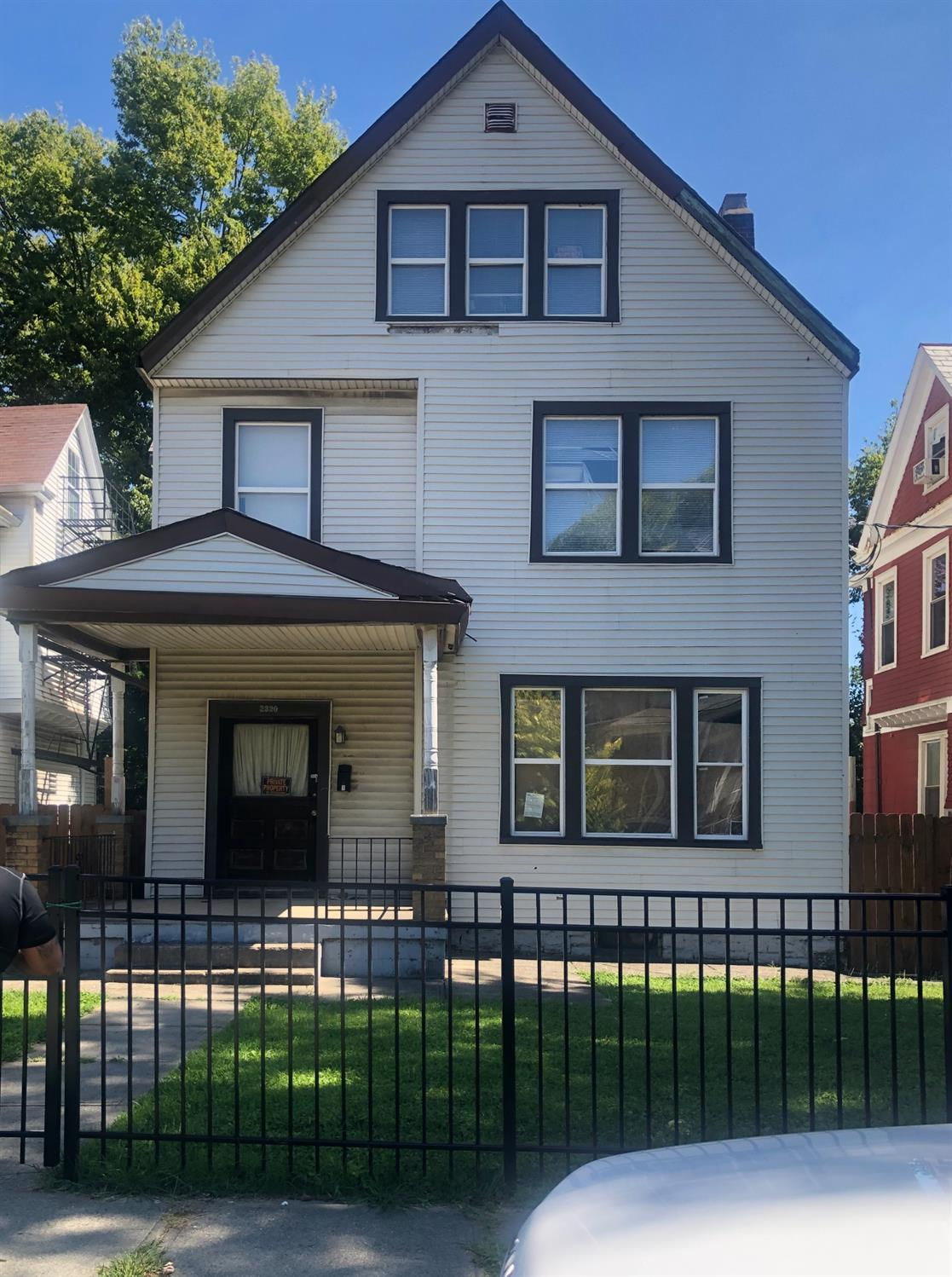 Property for sale at 2320 Maplewood Avenue, Cincinnati,  Ohio 45219