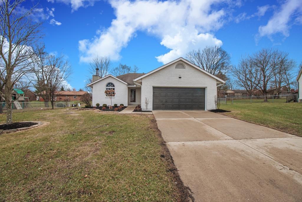 Property for sale at 21 Edmon Court, Lebanon,  Ohio 45036