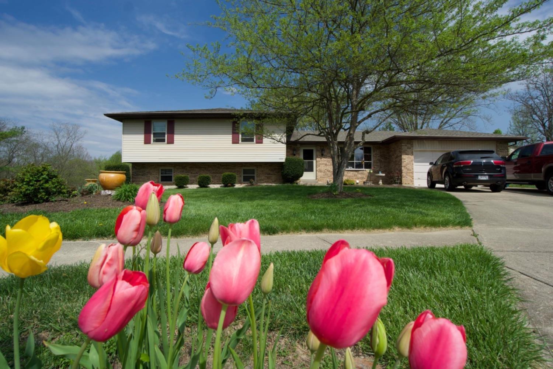 Property for sale at 2058 Casa Loma Drive, Fairfield,  Ohio 45014