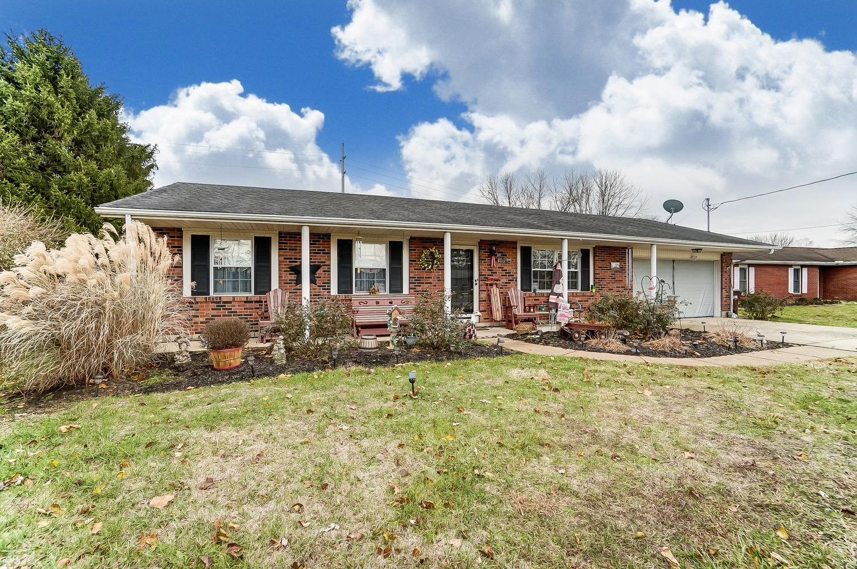 Property for sale at 8233 Meadowlark Drive, Carlisle,  Ohio 45005