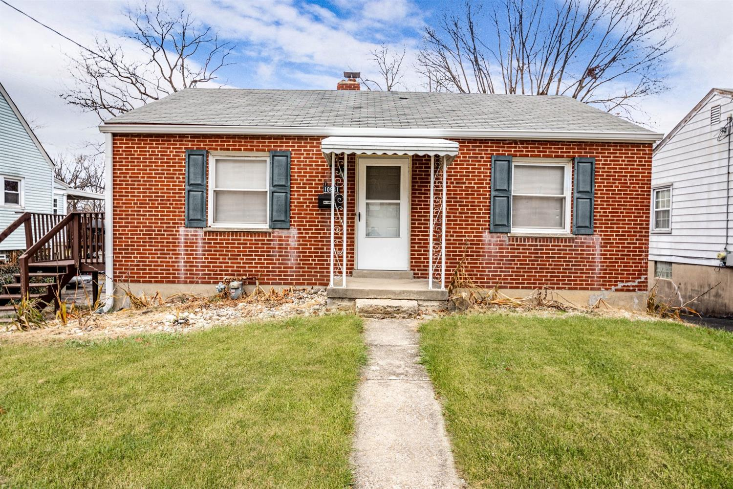 Property for sale at 10941 Reading Road, Sharonville,  Ohio 45241