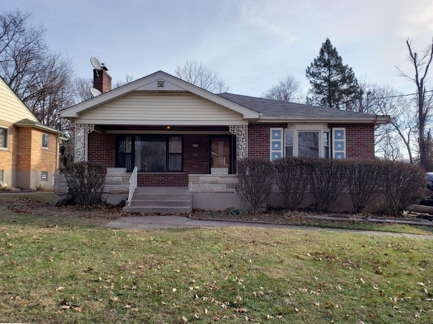 Property for sale at 6532 Stoll Lane, Silverton,  Ohio 45236