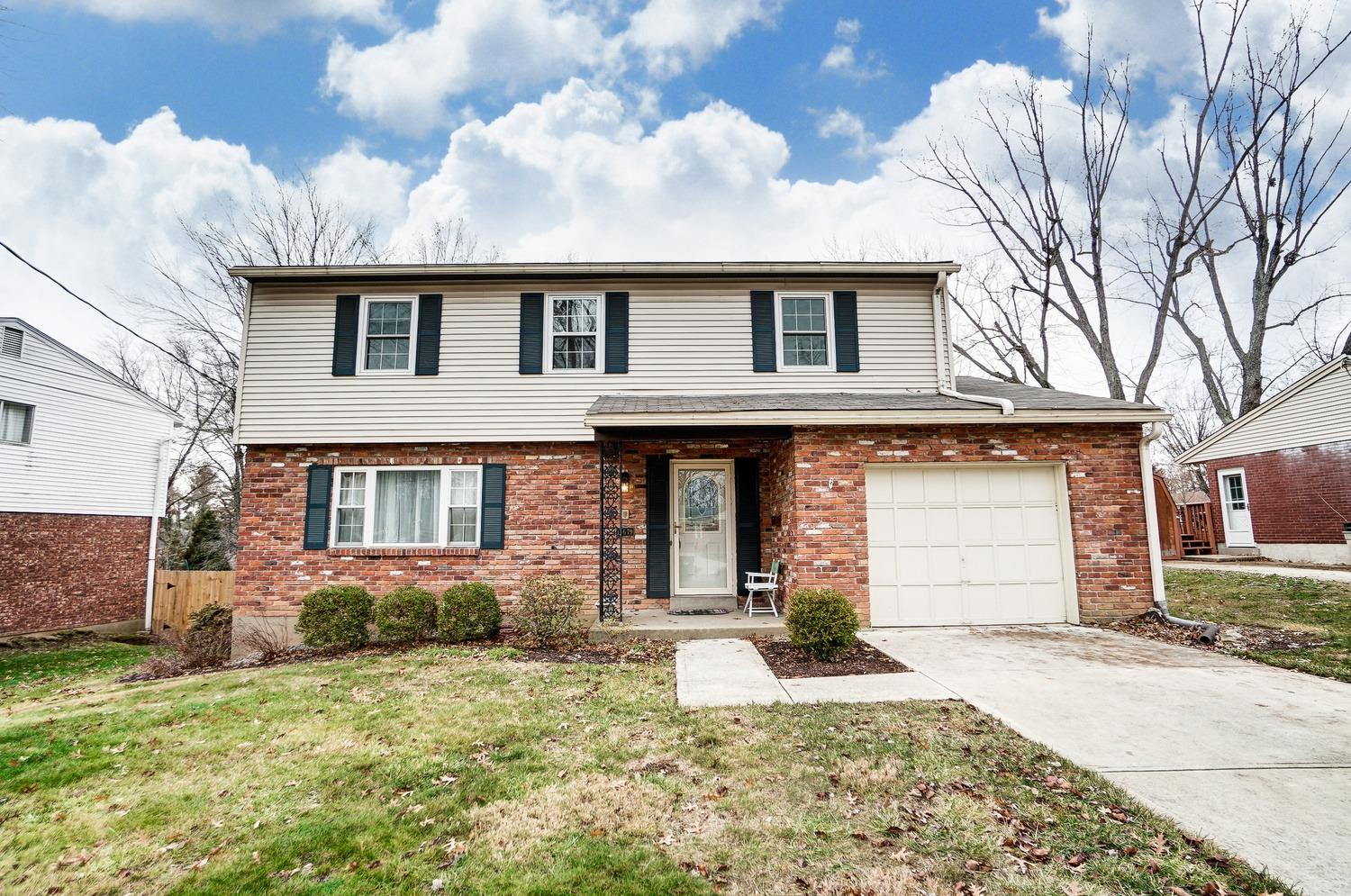 Property for sale at 10679 Bridlepath Lane, Sharonville,  Ohio 45241