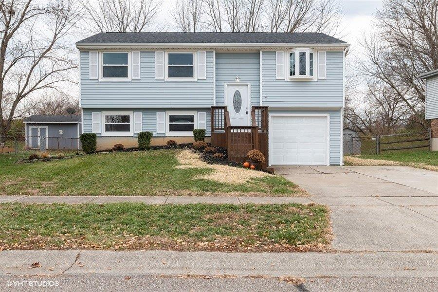 Property for sale at 140 Country View Drive, Harrison,  Ohio 45030