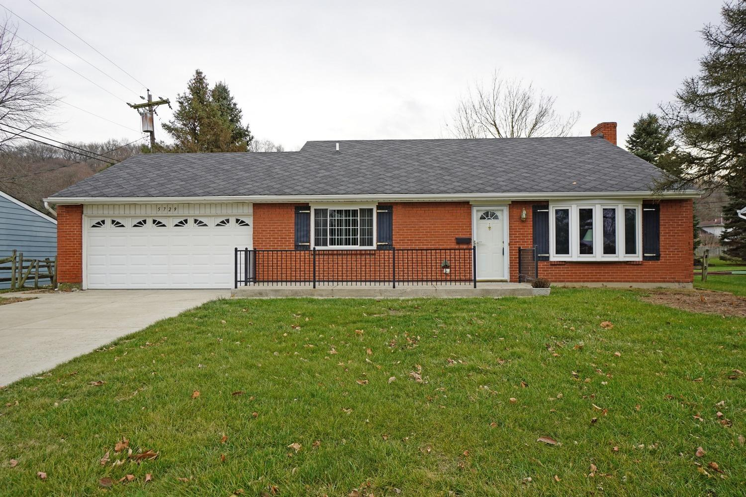 Property for sale at 5729 Lake Manor Drive, Fairfield,  Ohio 45014