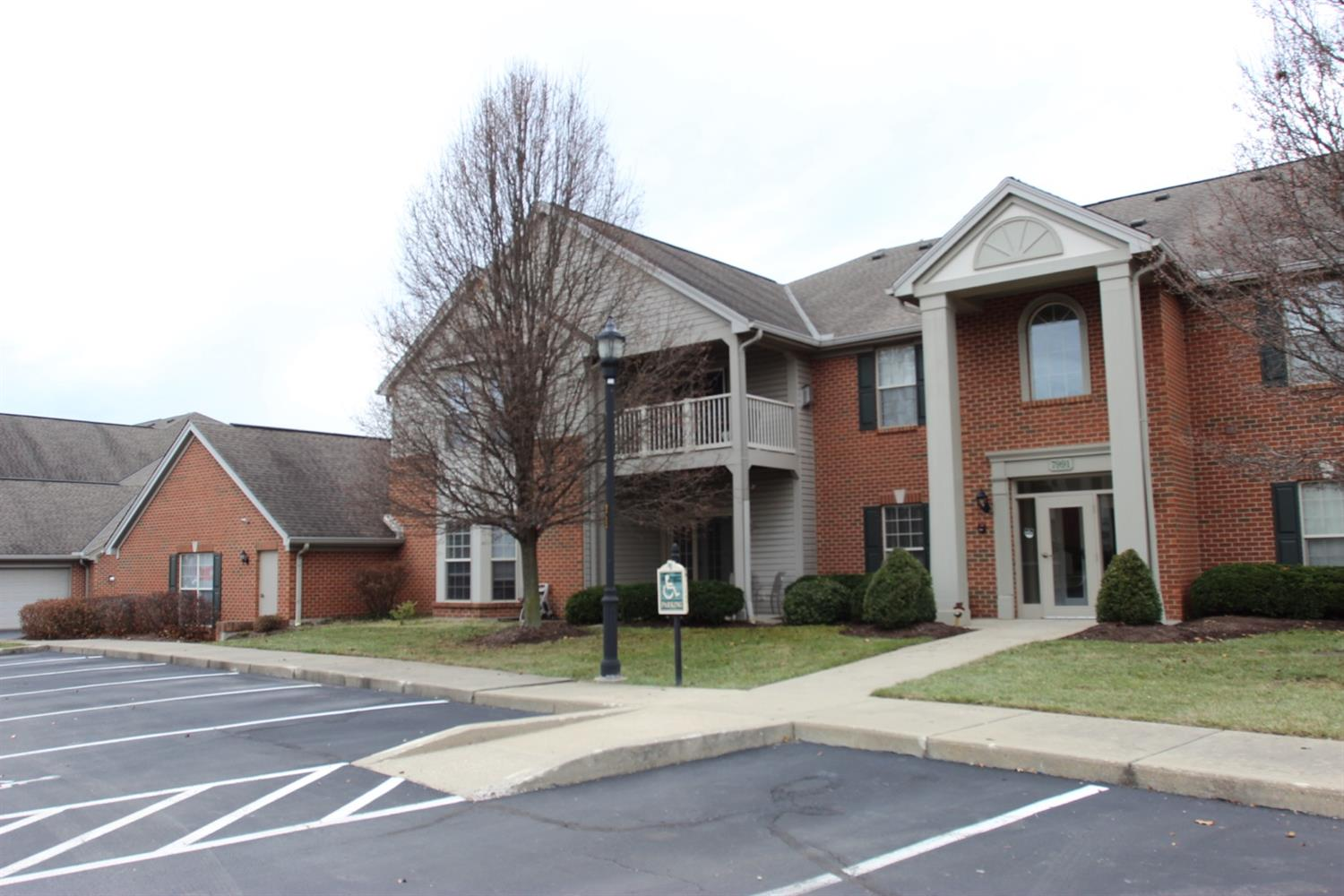 Property for sale at 7991 Pinnacle Point Drive Unit: 101, West Chester,  Ohio 45069