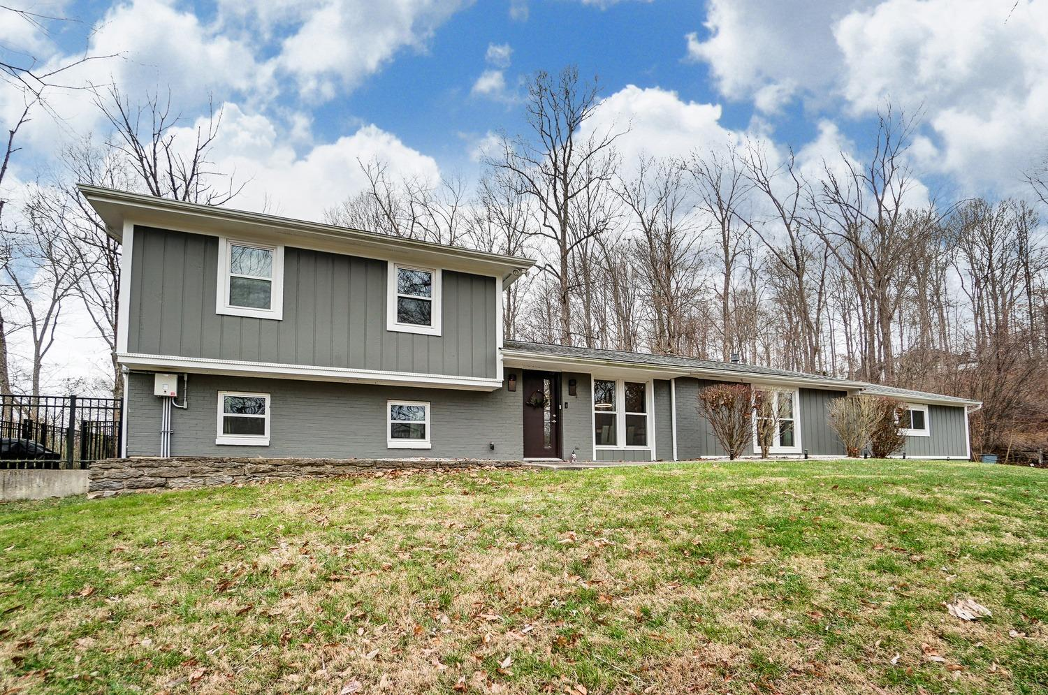Property for sale at 9433 E Kemper Road, Symmes Twp,  Ohio 45140